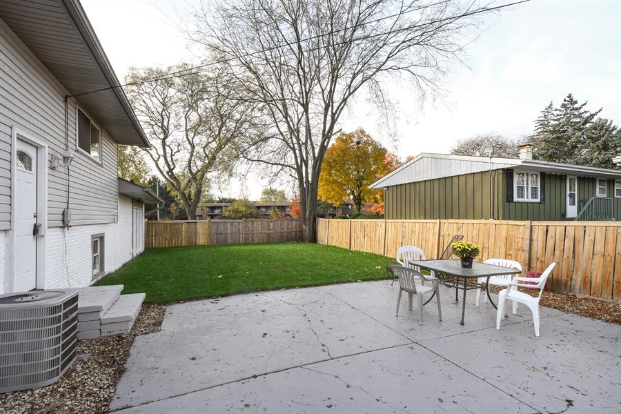 Real Estate Photography - 530 S Buffalo Grove Rd, buffalo grove, IL, 60089 - Back Yard