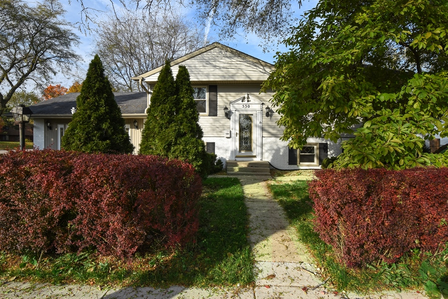Real Estate Photography - 530 S Buffalo Grove Rd, buffalo grove, IL, 60089 - Front View