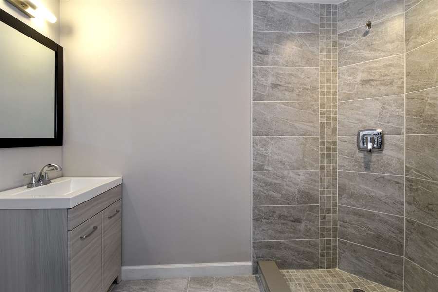 Real Estate Photography - 530 S Buffalo Grove Rd, buffalo grove, IL, 60089 - 2nd Bathroom