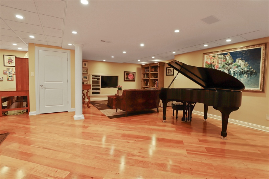 Real Estate Photography - 1685 Burr Oak Drive, Libertyville, IL, 60048 - Recreational Room