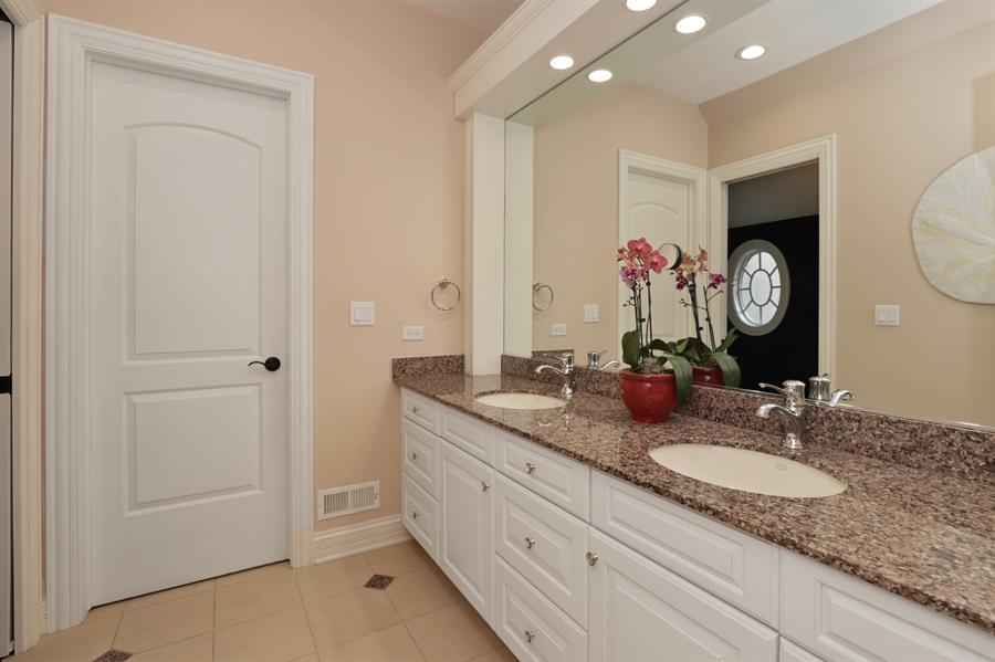 Real Estate Photography - 1685 Burr Oak Drive, Libertyville, IL, 60048 - Bathroom