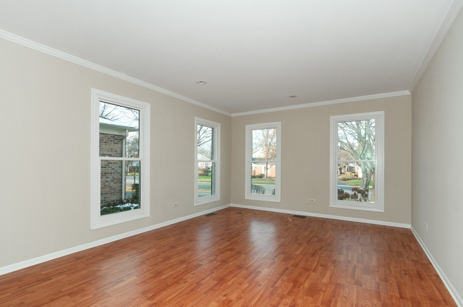 Real Estate Photography - 1068 Creekside, Wheaton, IL, 60189 - Living Room