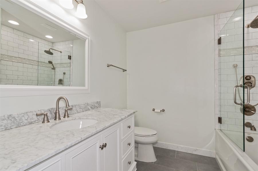 Real Estate Photography - 1068 Creekside, Wheaton, IL, 60189 - Master Bathroom
