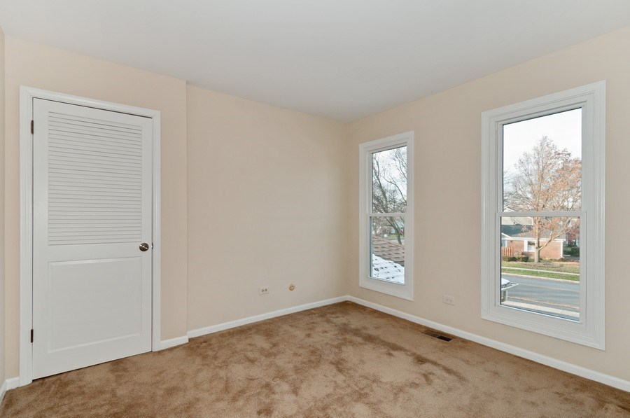 Real Estate Photography - 1068 Creekside, Wheaton, IL, 60189 - 2nd Bedroom