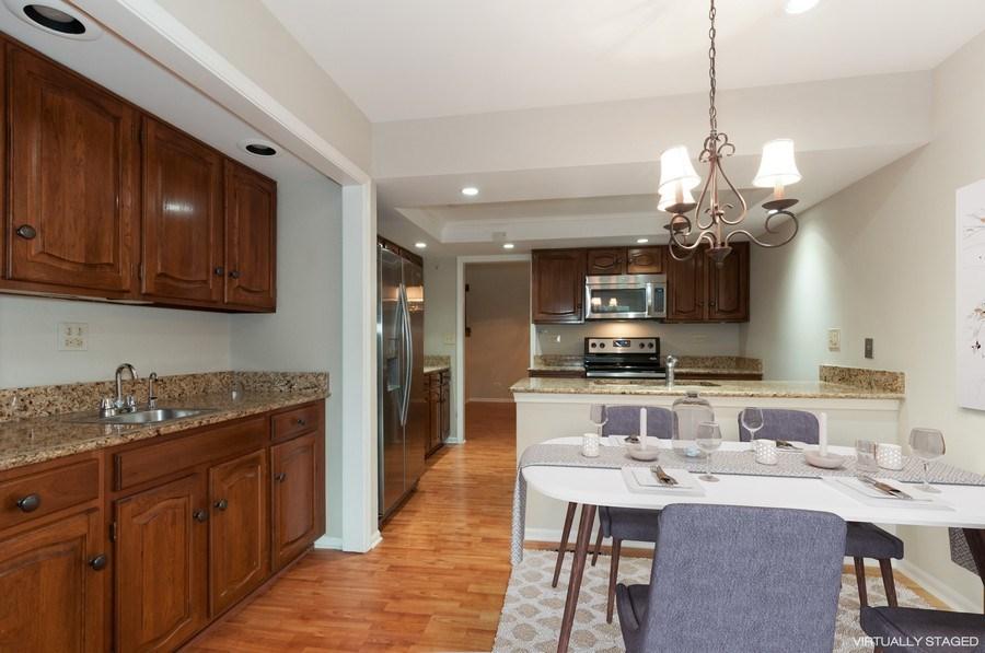 Real Estate Photography - 1068 Creekside, Wheaton, IL, 60189 - Dining Area