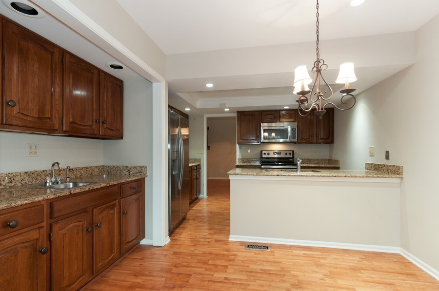 Real Estate Photography - 1068 Creekside, Wheaton, IL, 60189 - Dining Room