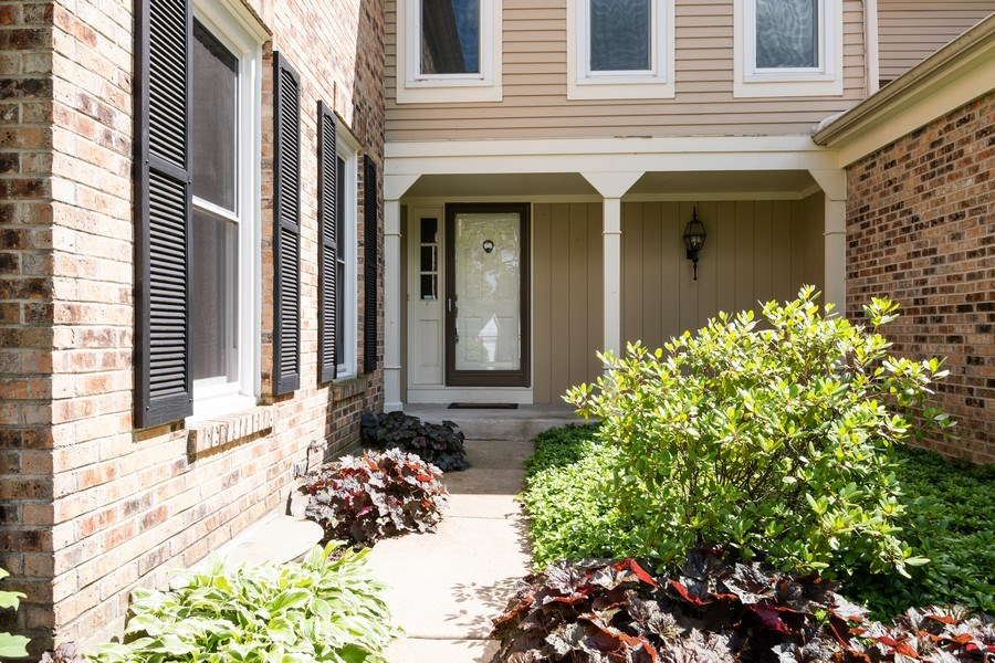Real Estate Photography - 1068 Creekside, Wheaton, IL, 60189 - Front View
