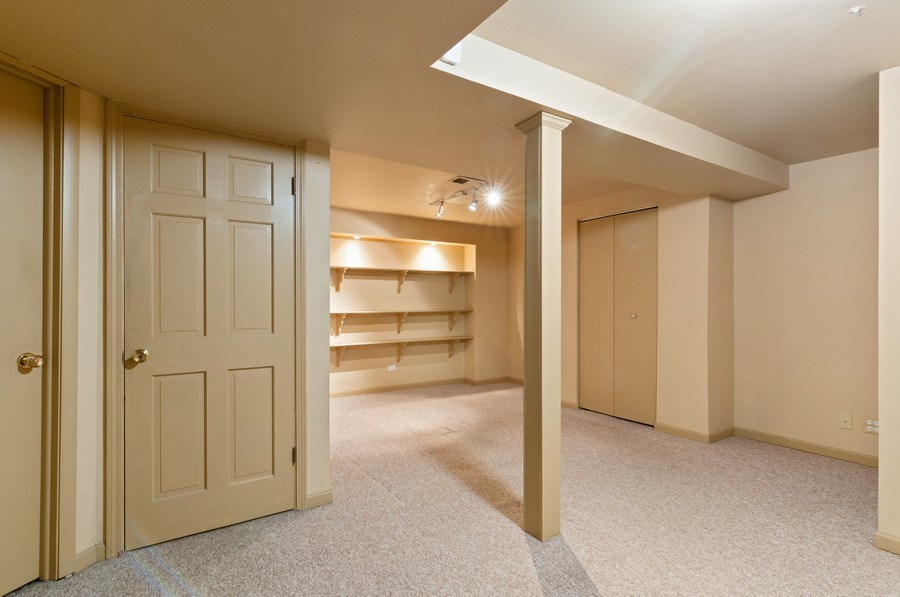 Real Estate Photography - 1068 Creekside, Wheaton, IL, 60189 - Play / Recreational Room