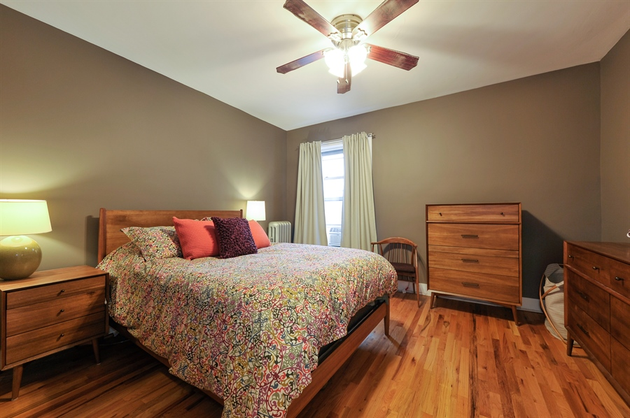 Real Estate Photography - 4601 N. Dover, 2, Chicago, IL, 60640 - Master Bedroom