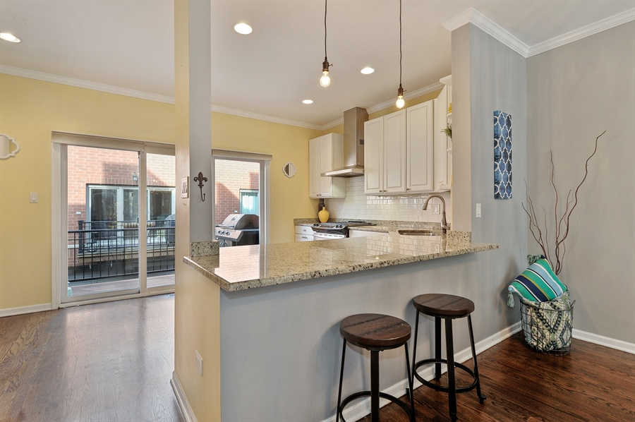 Real Estate Photography - 1522 W School St, Chicago, IL, 60657 - Kitchen / Breakfast Room