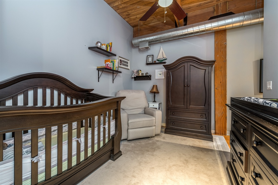 Real Estate Photography - 3201 N Ravenwood, Unit 211, Chicago, IL, 60657 - 2nd Bedroom