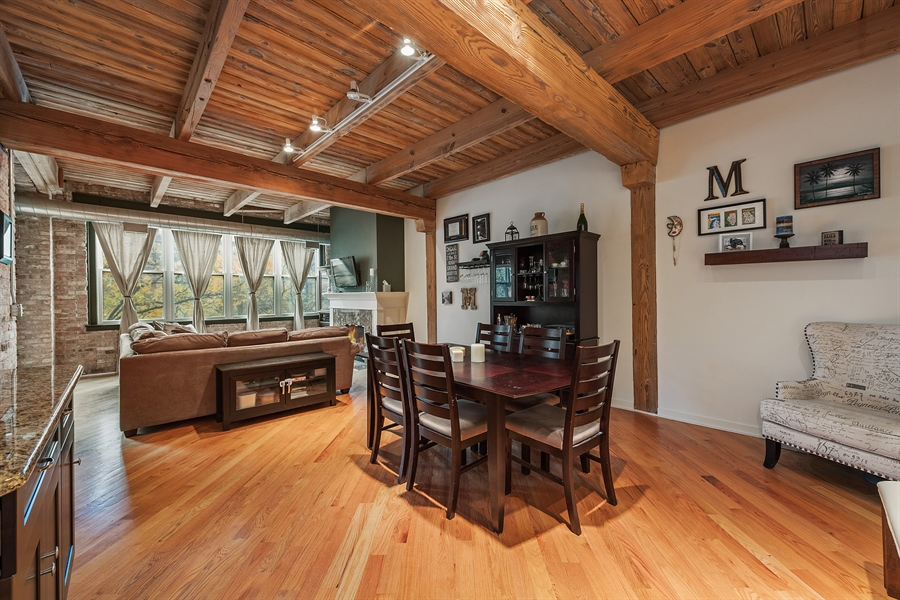 Real Estate Photography - 3201 N Ravenwood, Unit 211, Chicago, IL, 60657 - Dining Room