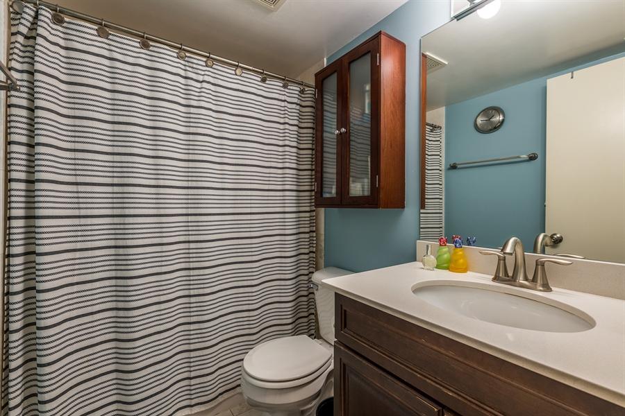 Real Estate Photography - 3201 N Ravenwood, Unit 211, Chicago, IL, 60657 - Bathroom
