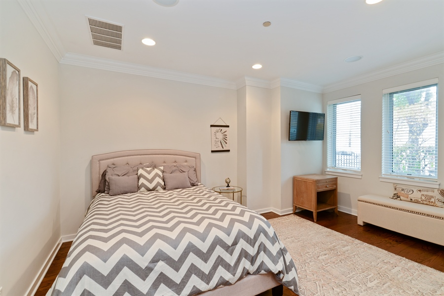 Real Estate Photography - 2900 N Paulina, Chicago, IL, 60657 - 2nd Bedroom
