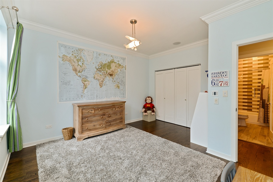 Real Estate Photography - 2900 N Paulina, Chicago, IL, 60657 - 3rd Bedroom