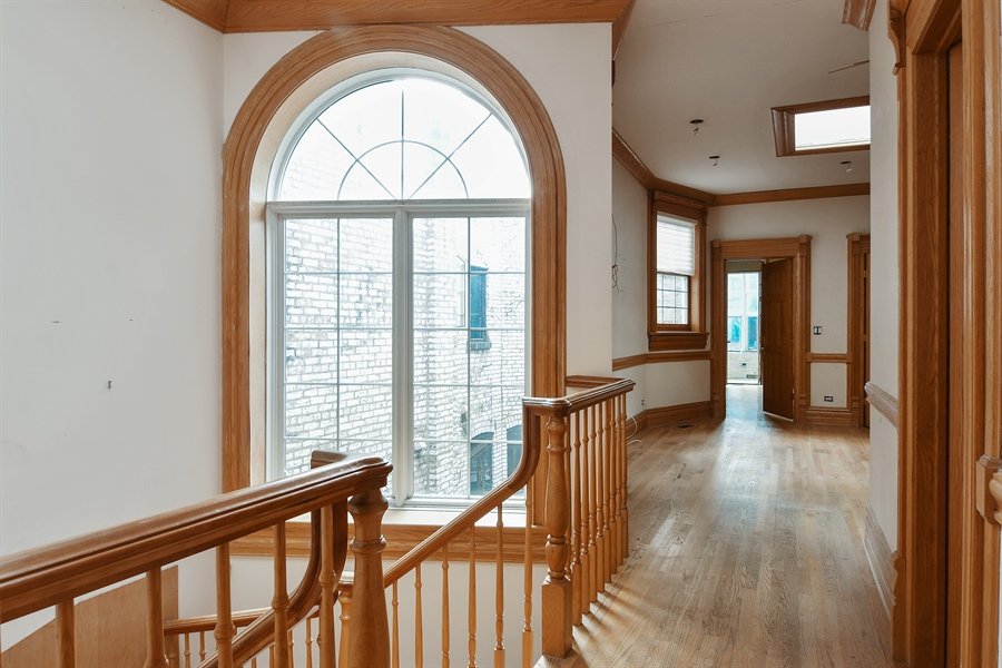 Real Estate Photography - 19 E Goethe, Chicago, IL, 60610 - 2nd Floor Corridor
