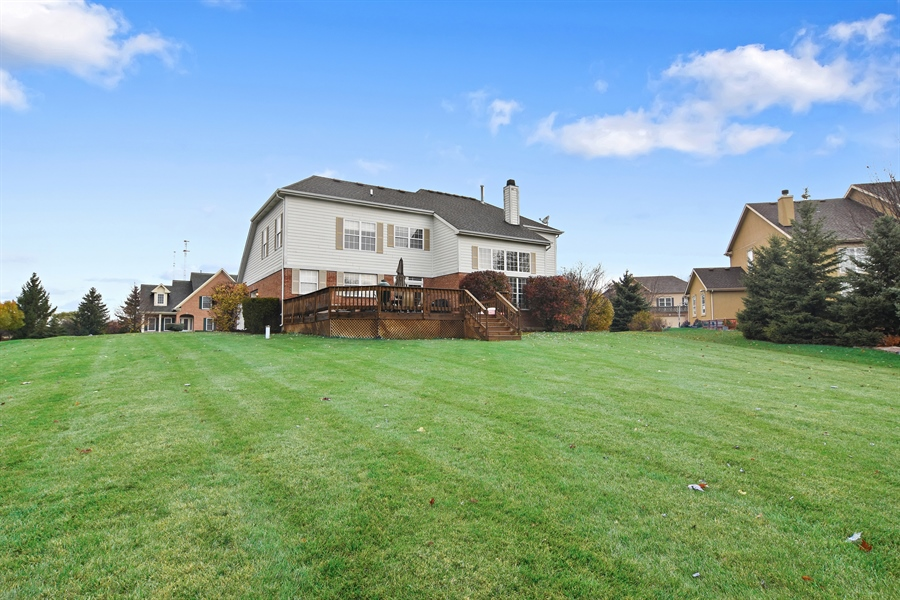 Real Estate Photography - 16 Deerfield, Hawthorn Woods, IL, 60047 - Rear View