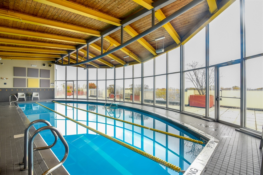 Real Estate Photography - 1210 chicago, 309b, evanston, IL, 60202 - Pool
