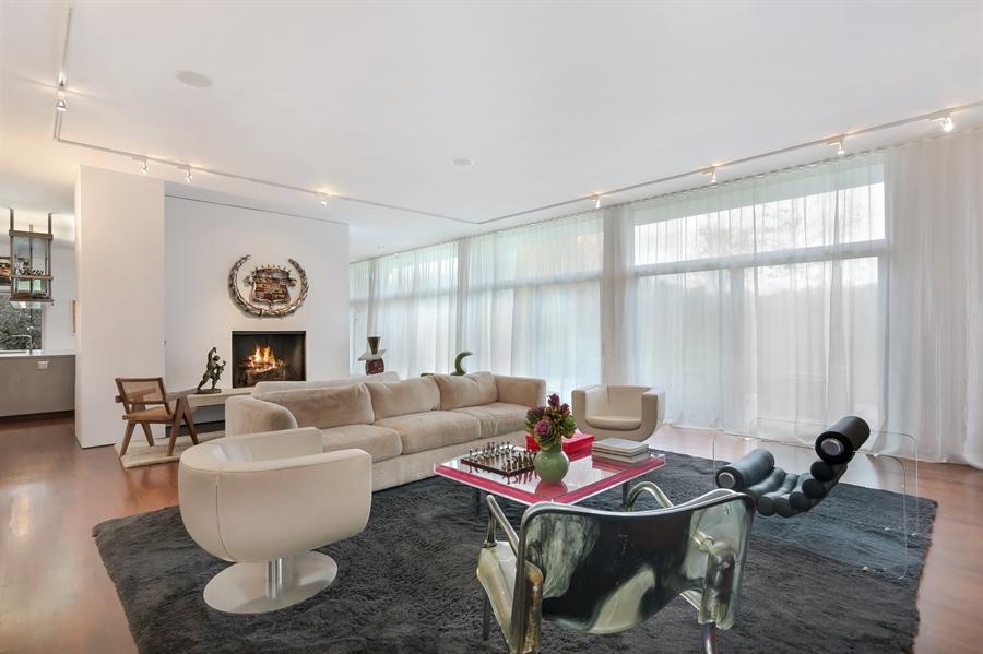 Real Estate Photography - 2217 W Wagner, Buchanan, MI, 49107 - Living Room