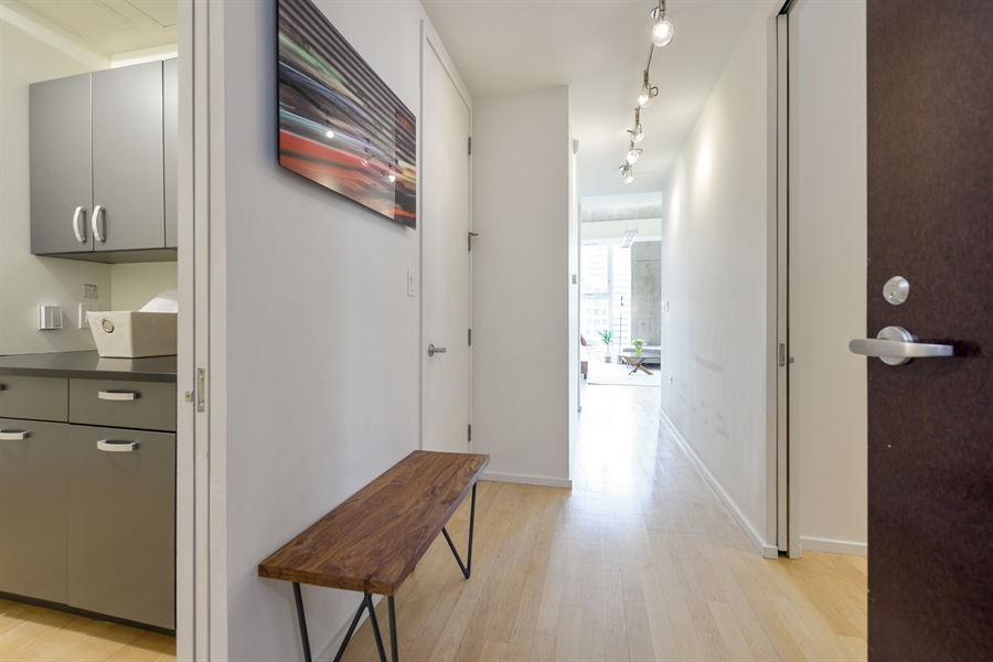Real Estate Photography - 550 N St. Clair, 2003, Chicago, IL, 60611 - Entryway