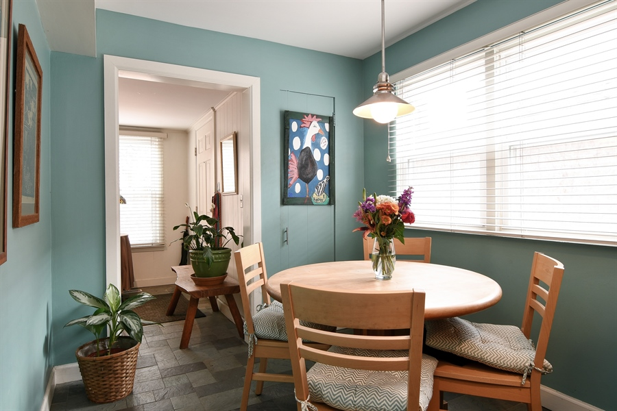 Real Estate Photography - 3625 N. Paulina, Chicago, IL, 60613 - Breakfast Area