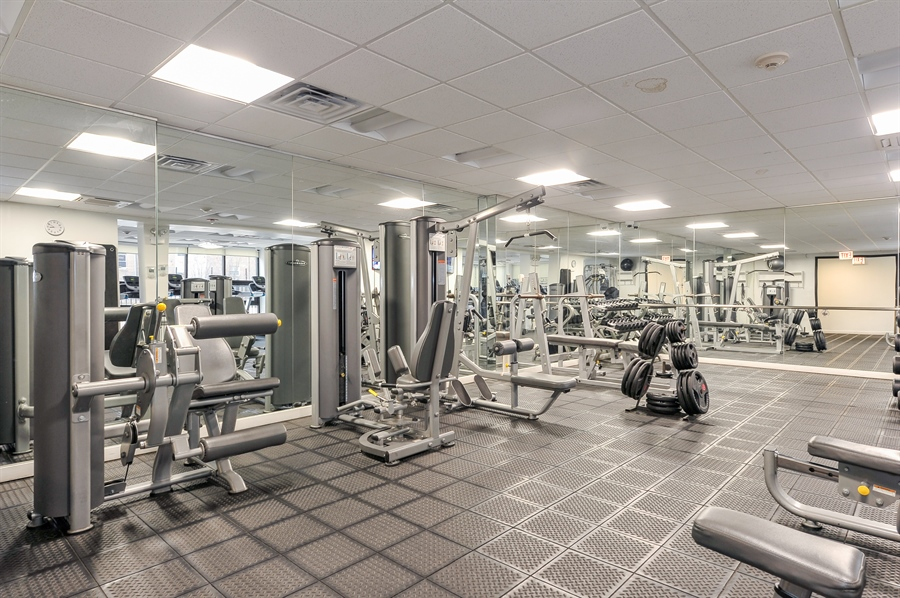 Real Estate Photography - 3930 N Pine Grove, 3110, Chicago, IL, 60613 - Gym