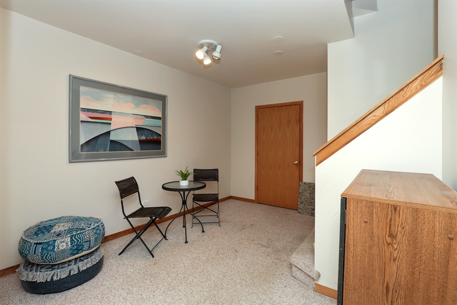 Real Estate Photography - 972 Dunhill, Grayslake, IL, 60030 - Recreational Room