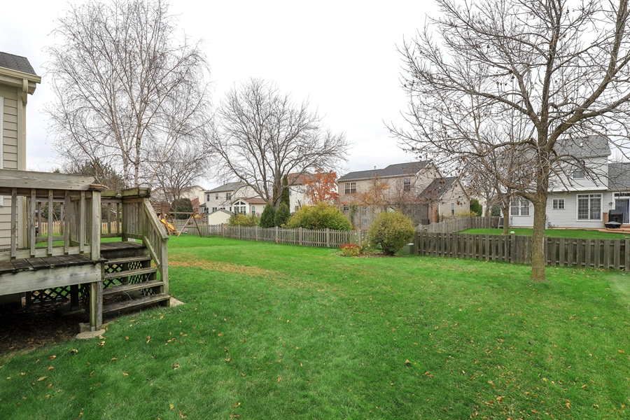 Real Estate Photography - 972 Dunhill, Grayslake, IL, 60030 - Back Yard