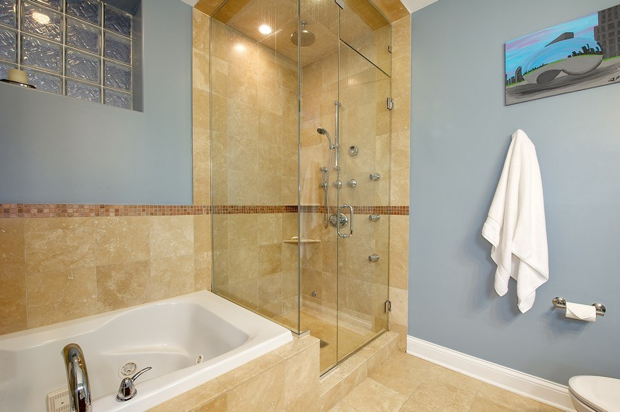 Real Estate Photography - 2836 Racine Ave, Unit 1, Chicago, IL, 60657 - Master Bathroom