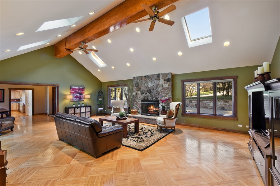 Real Estate Photography - 238 Biltmore Dr, North Barrington, IL, 60010 - Family/Great Room