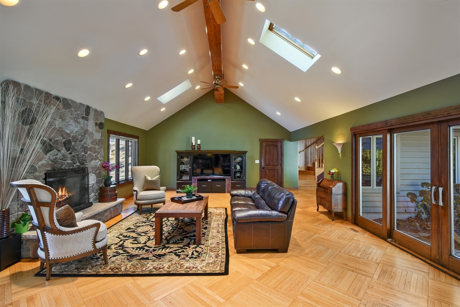 Real Estate Photography - 238 Biltmore Dr, North Barrington, IL, 60010 - Family Room/Great Room