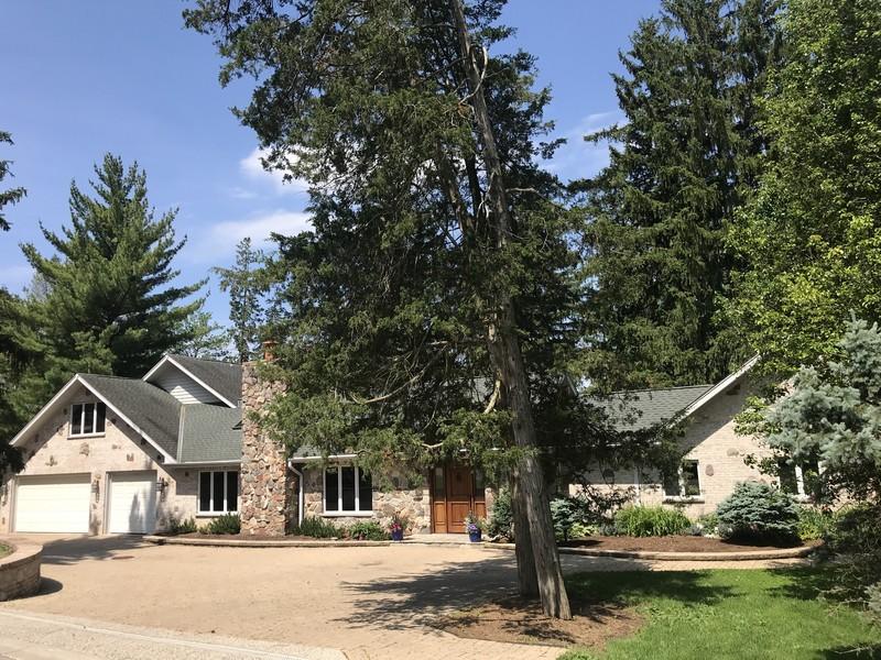 Real Estate Photography - 238 Biltmore Dr, North Barrington, IL, 60010 -