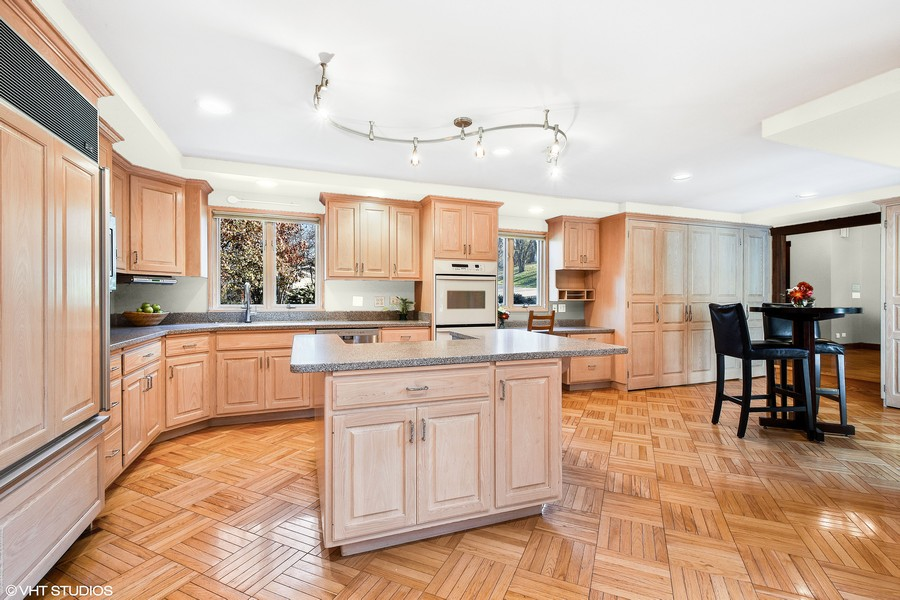 Real Estate Photography - 238 Biltmore Dr, North Barrington, IL, 60010 - Kitchen - Virtually Painted