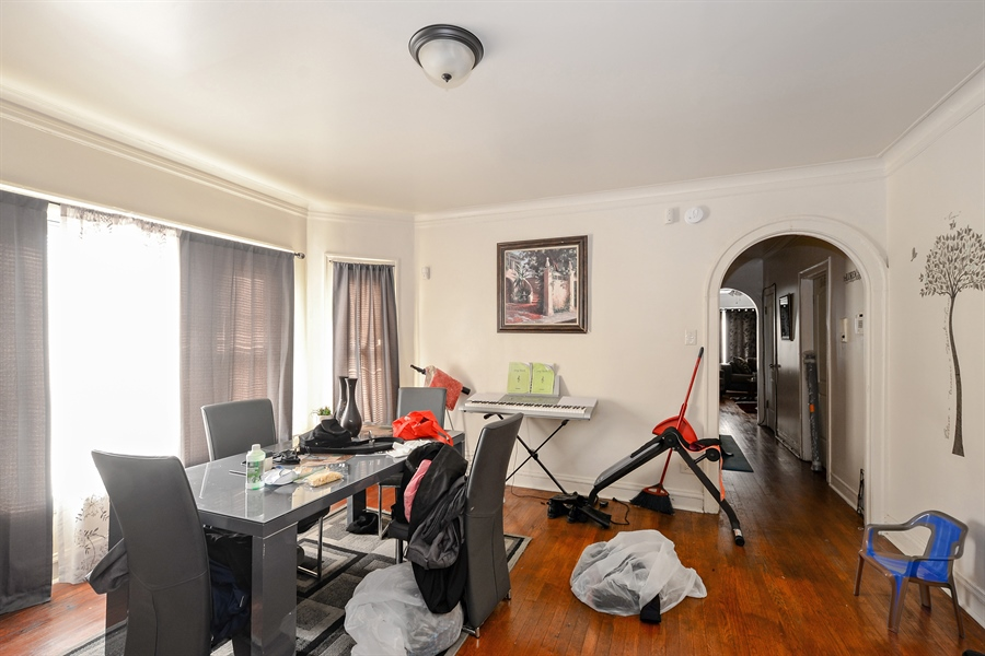 Real Estate Photography - 8159 S Justine, unit 2, Chicago, IL, 60620 - Dining Room