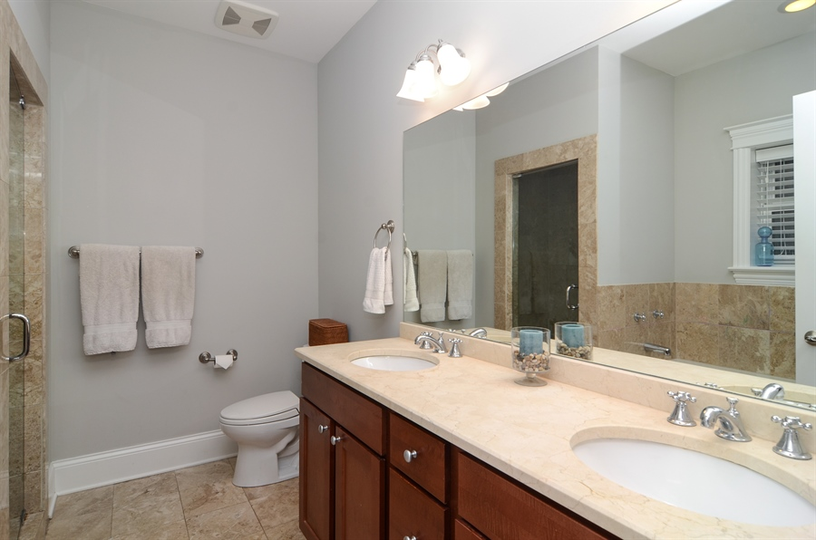 Real Estate Photography - 2250 W Foster Ave, 3E, Chicago, IL, 60625 - Master Bathroom