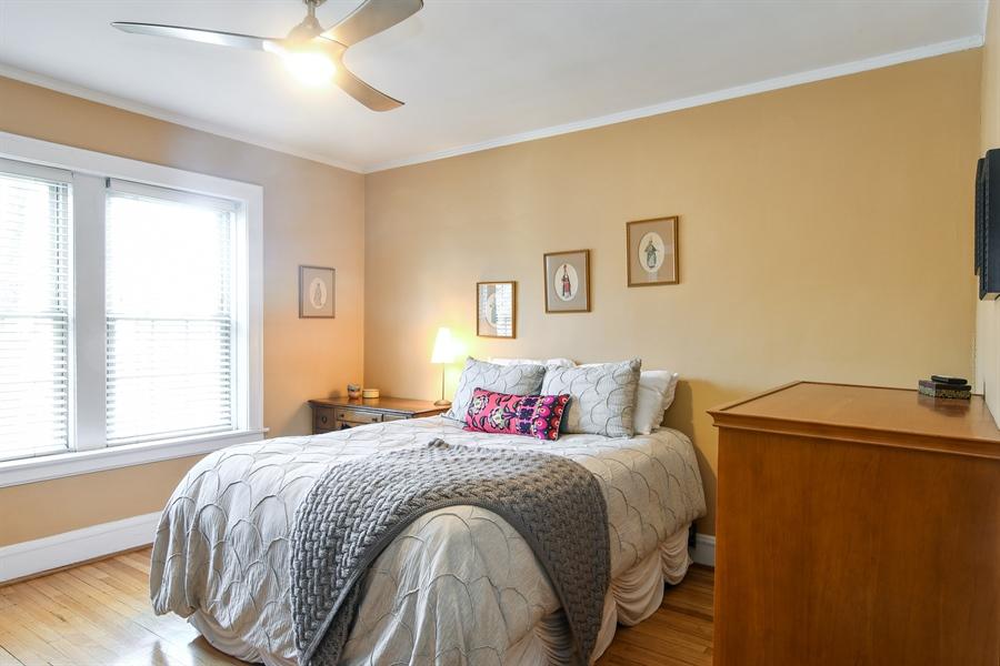 Real Estate Photography - 1956 West Melrose, 2W, Chicago, IL, 60657 - Bedroom