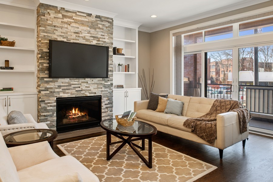 Real Estate Photography - 5061 N. Lincoln Avenue, 1S, Chicago, IL, 60625 - Living Room