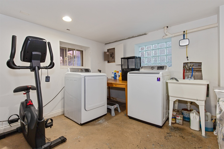 Real Estate Photography - 4059 N Mobile Ave, Chicago, IL, 60634 - Laundry Room