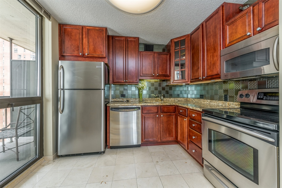 Real Estate Photography - 33 W Delaware, Unit 10B, Chicago, IL, 60610 - Kitchen