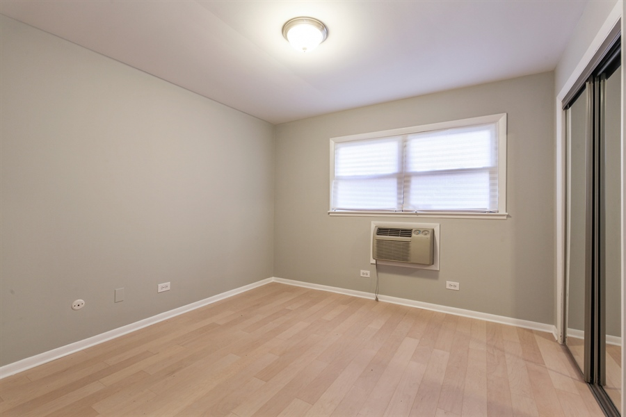 Real Estate Photography - 540 Hinman Ave, Unit 3, Evanston, IL, 60202 - 3rd Bedroom