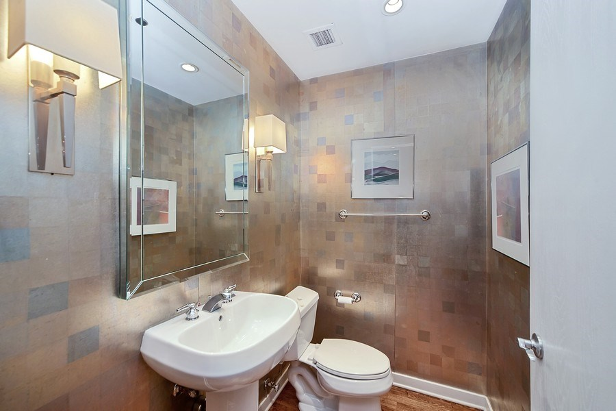 Real Estate Photography - 333 N. Canal, 1804, Chicago, IL, 60606 - Powder Room