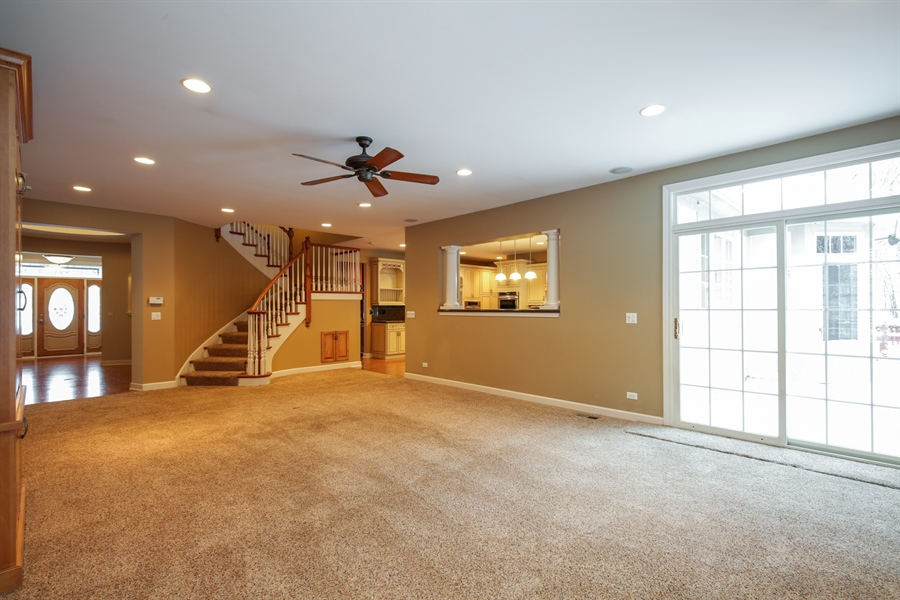 Real Estate Photography - 9050 Underhill Court, Lakewood, IL, 60014 - Family Room