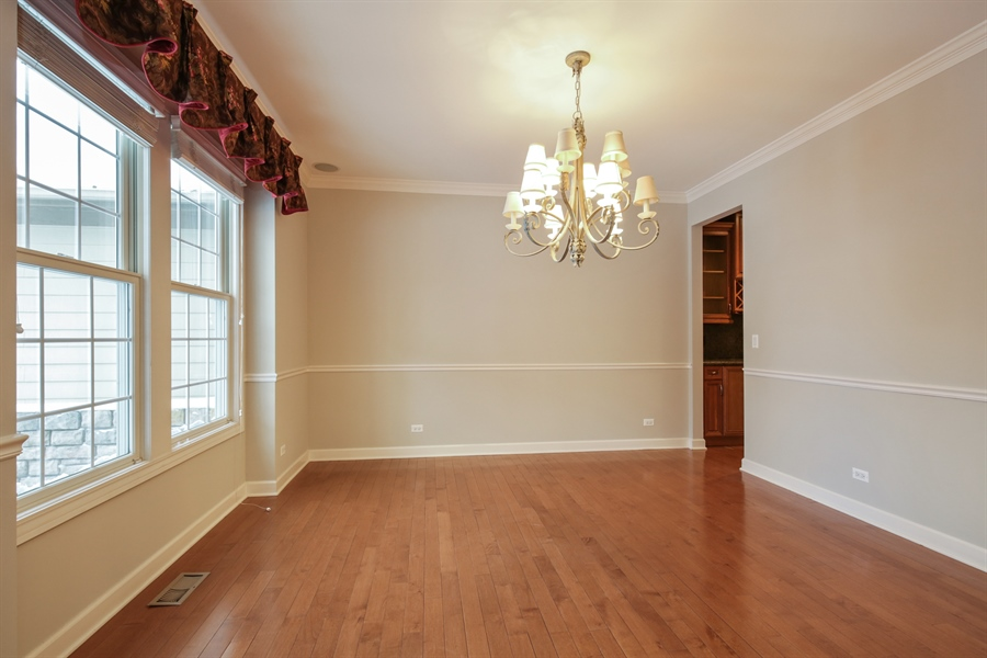 Real Estate Photography - 9050 Underhill Court, Lakewood, IL, 60014 - Dining Area