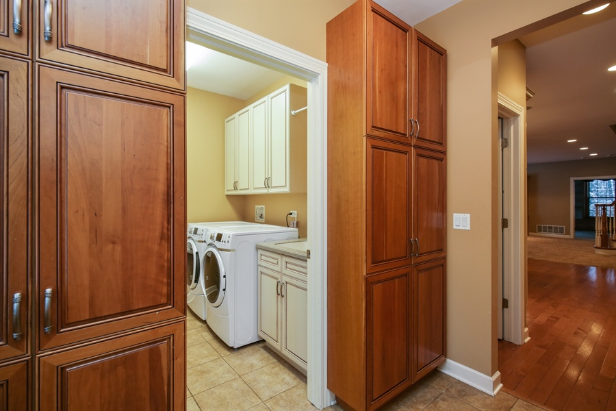 Real Estate Photography - 9050 Underhill Court, Lakewood, IL, 60014 - Laundry Room