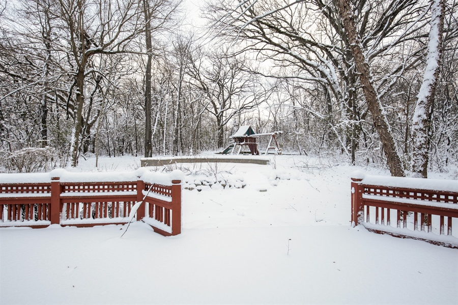 Real Estate Photography - 9050 Underhill Court, Lakewood, IL, 60014 - Deck