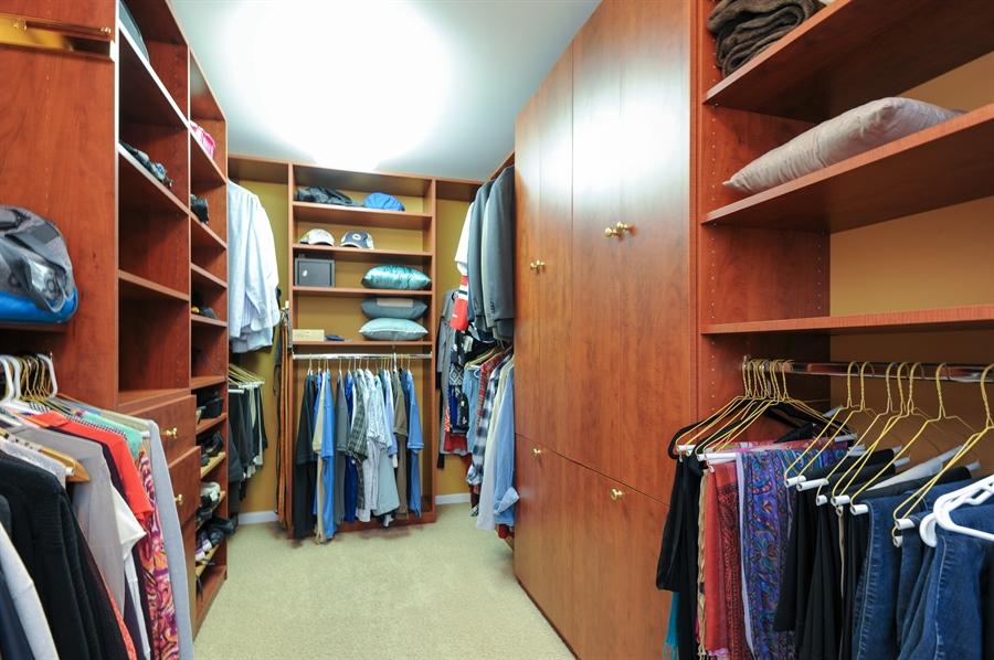 Real Estate Photography - 1942 Crenshaw, Vernon Hills, IL, 60061 - Master Bedroom Closet