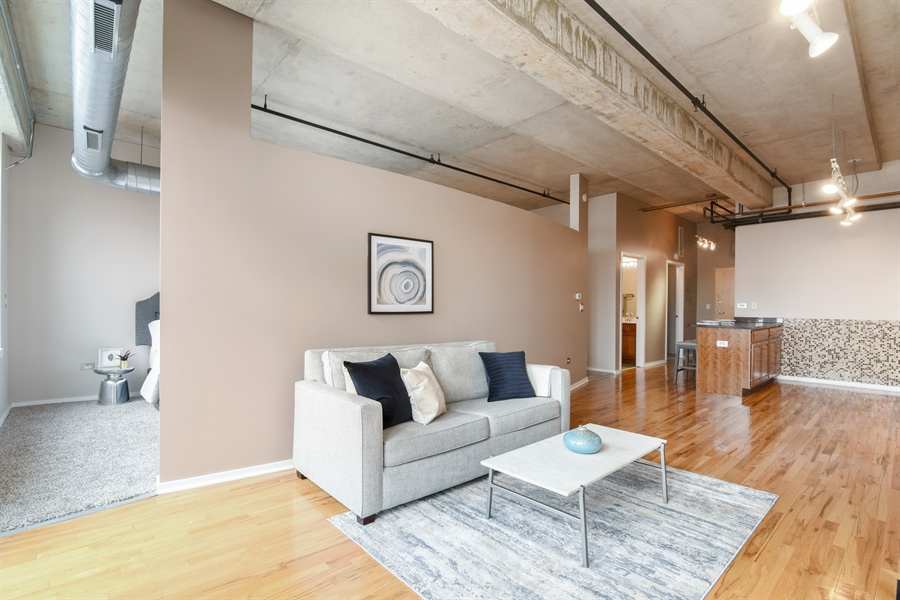 Real Estate Photography - 6 S Laflin, 923, Chicago, IL, 60607 - Living Room