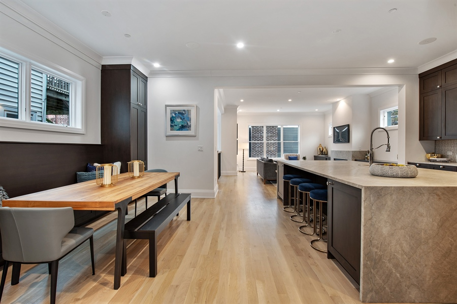 Real Estate Photography - 2615 N Bosworth Ave, Chicago, IL, 60614 - Kitchen / Breakfast Room