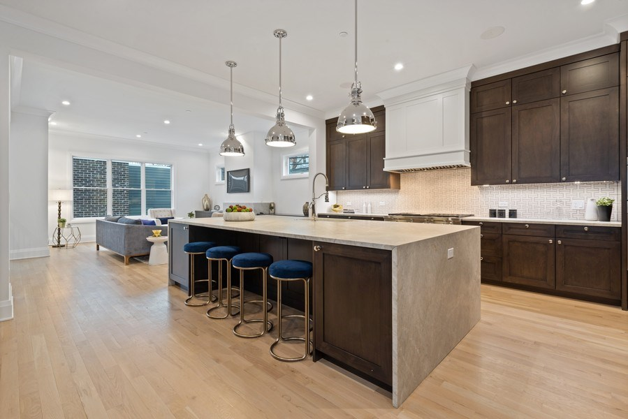 Real Estate Photography - 2615 N Bosworth Ave, Chicago, IL, 60614 -