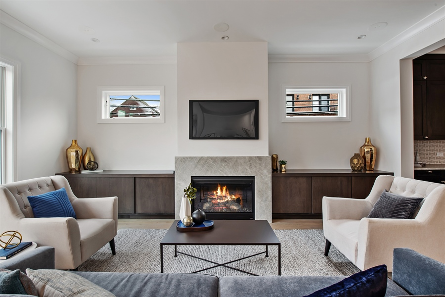 Real Estate Photography - 2615 N Bosworth Ave, Chicago, IL, 60614 - Family Room